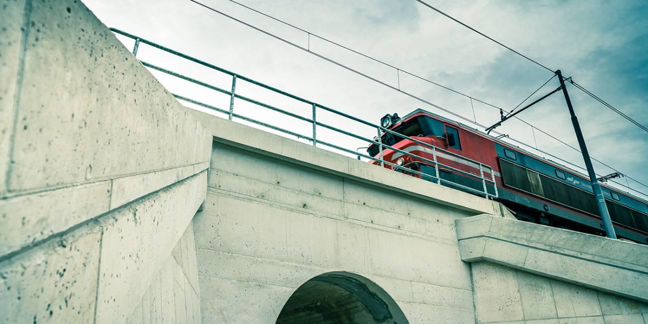 Nadgradnja železniških odsekov Rimske Toplice–Laško in Laško–Celje ter izvedba izvennivojskega križanja v Marija Gradcu