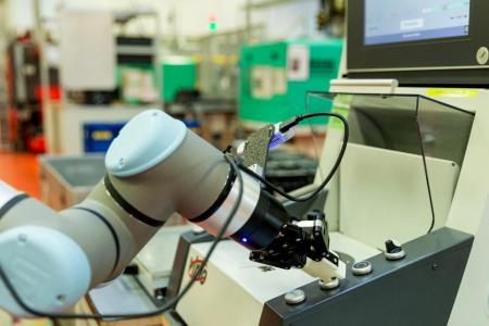 Projekt ATP 4.0 neprecenljiv za razvoj produkcijske verzije robotskega delavca KoCo